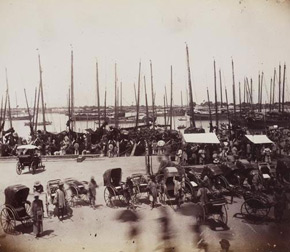 Unknown photographer, Rickshaws at Port, China, 1880s