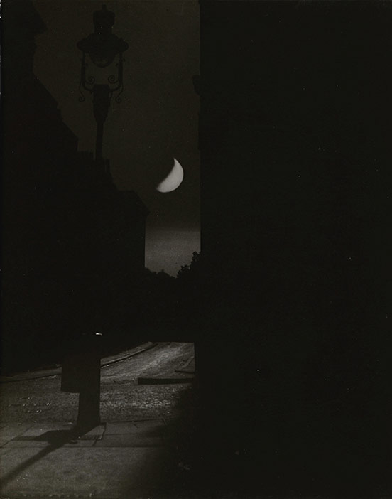 Bill Brandt, Blackout in London, Crescent Moon and Street Lamp, The Adelphi, 1939