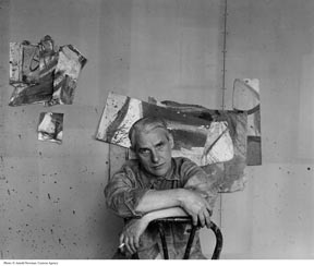 Willem De Kooning, Abstract Expressionist painter, poses for portrait in the studio May 25, 1959 in New York City