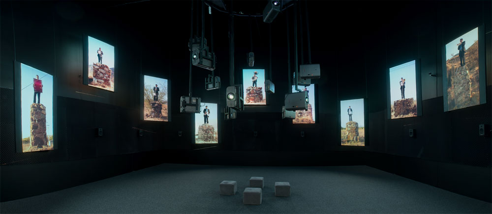 Edgardo Aragón, installation view: <em>Tinieblas</em>, MUAC, Mexico City.