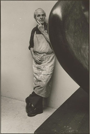 Arnold Newman, Henry Moore, 1977