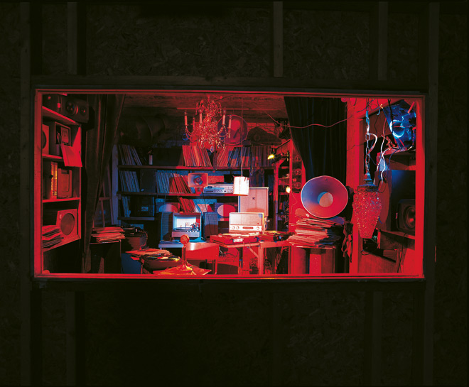 Janet Cardiff & George Bures Miller, Opera for a Small Room, 2005